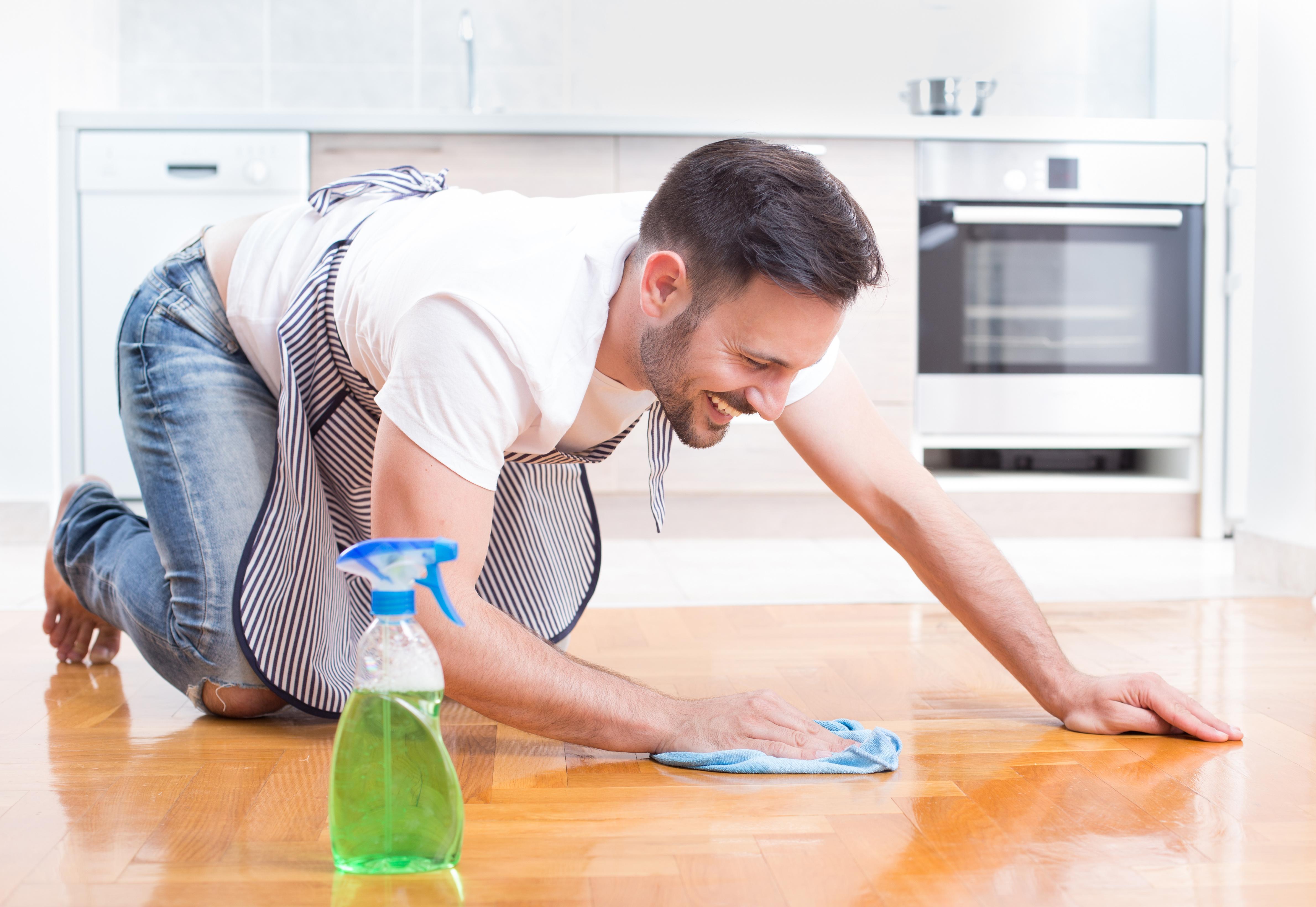 Comment nettoyer son parquet avec du vinaigre blanc ?